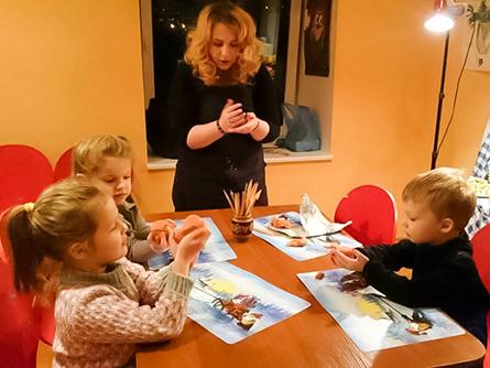 Преподаватель школы рисования Artmaailm Julia Rusakova